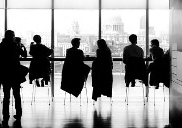 A importância (e benefícios) de não fugir de conversas difíceis